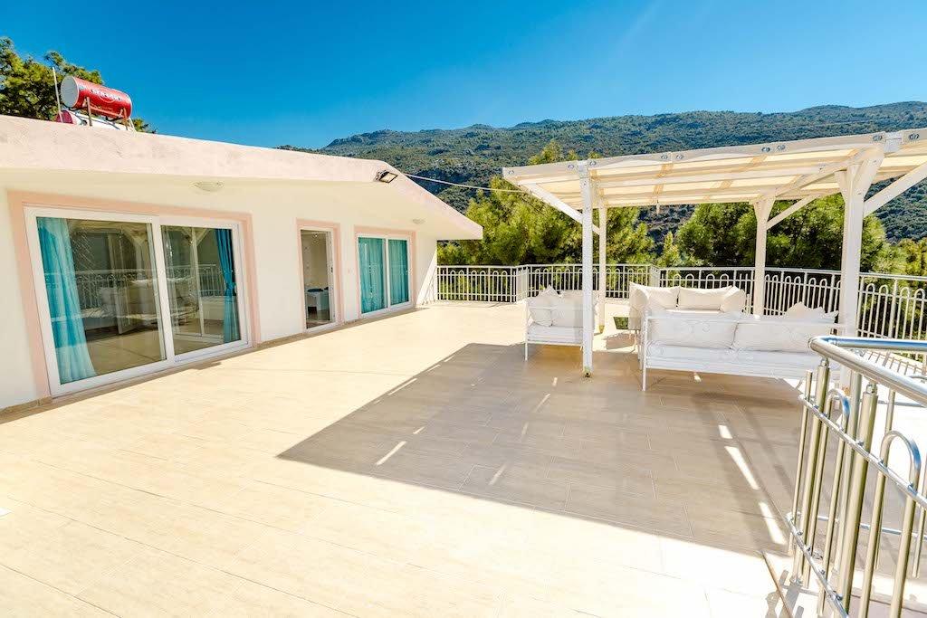 villa hill 3